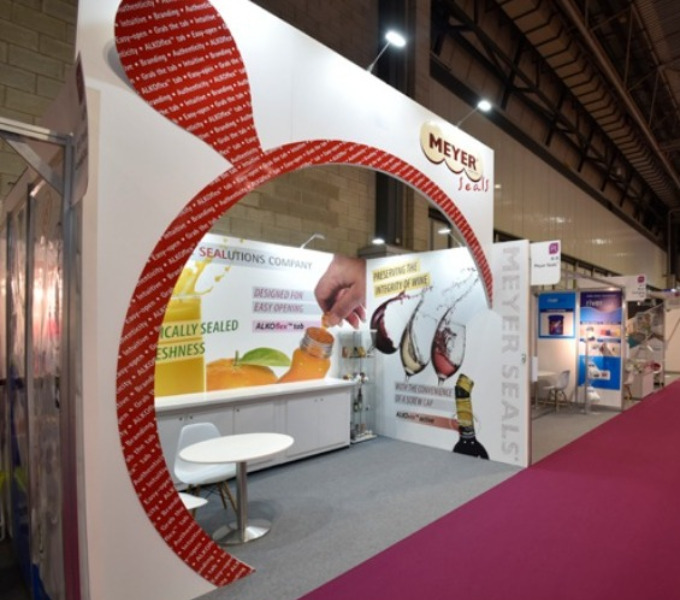 What are the requirements for a trade show stand?